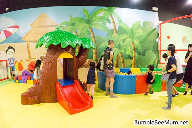 explorer-kid-downtown-east-indoor-playground-blog-review-03