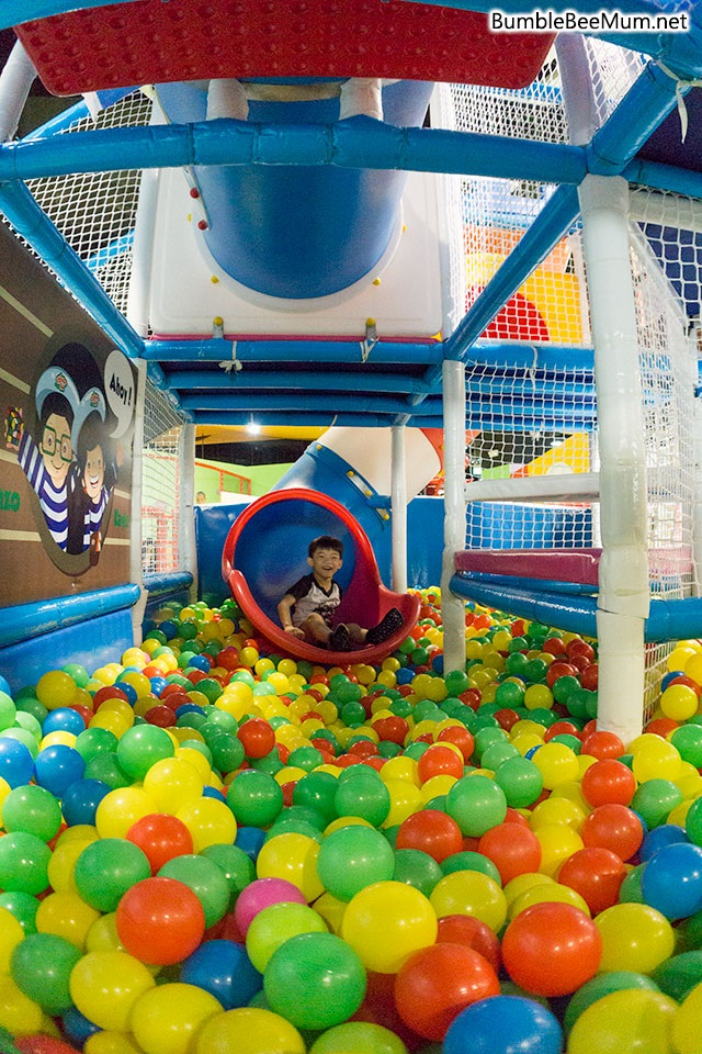 explorer-kid-downtown-east-indoor-playground-blog-review-10