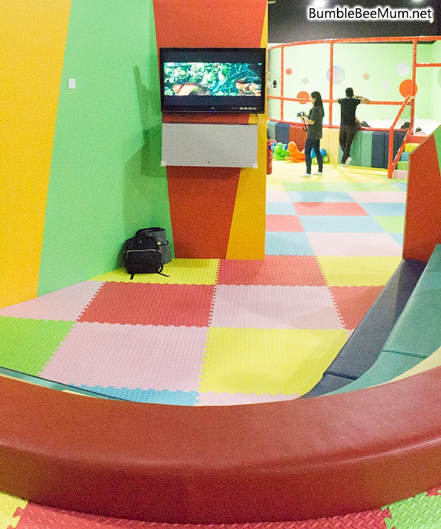 explorer-kid-downtown-east-indoor-playground-blog-review-25