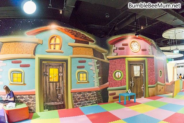 explorer-kid-downtown-east-indoor-playground-blog-review-27